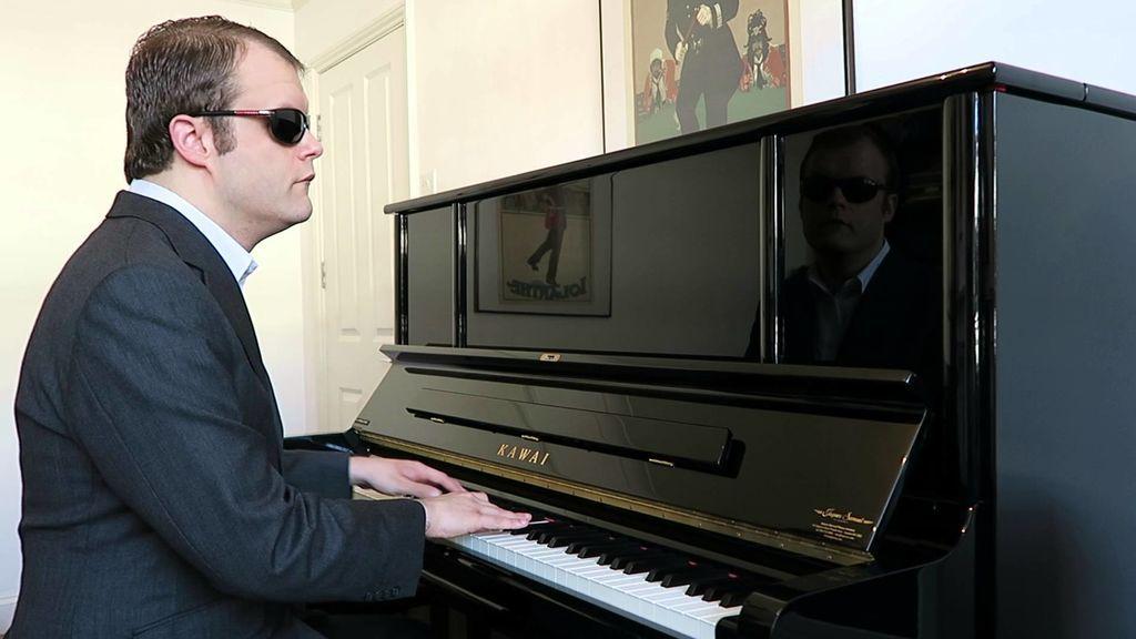 Derek Paravicini, el pianista capaz de memorizar 10.000 melodías
