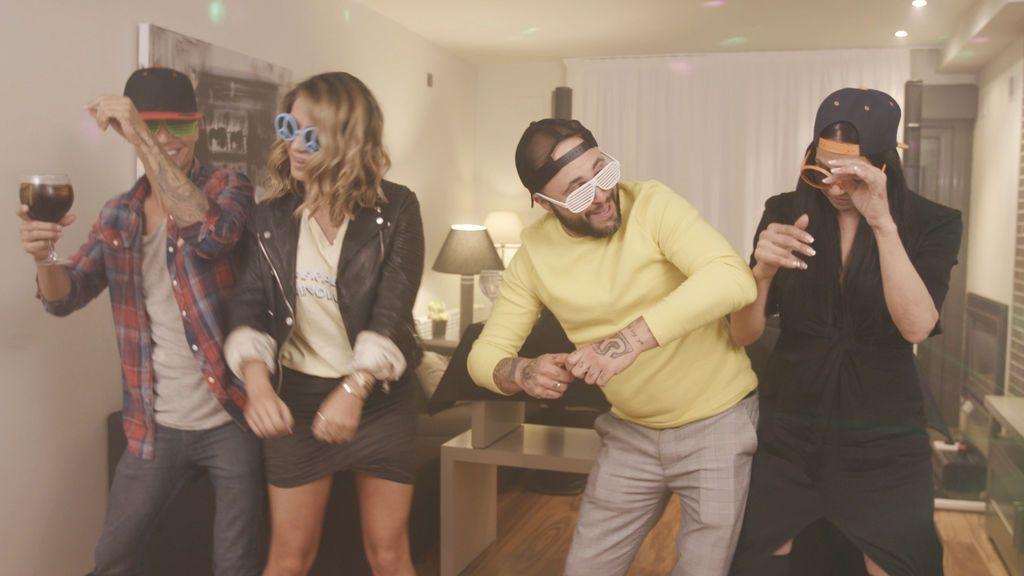 Julio Iglesias Jr., Elena Tablada, Kiko Rivera y Toñi Salazar, en la despedida de temporada de 'Ven a cenar conmigo: gourmet edition'.