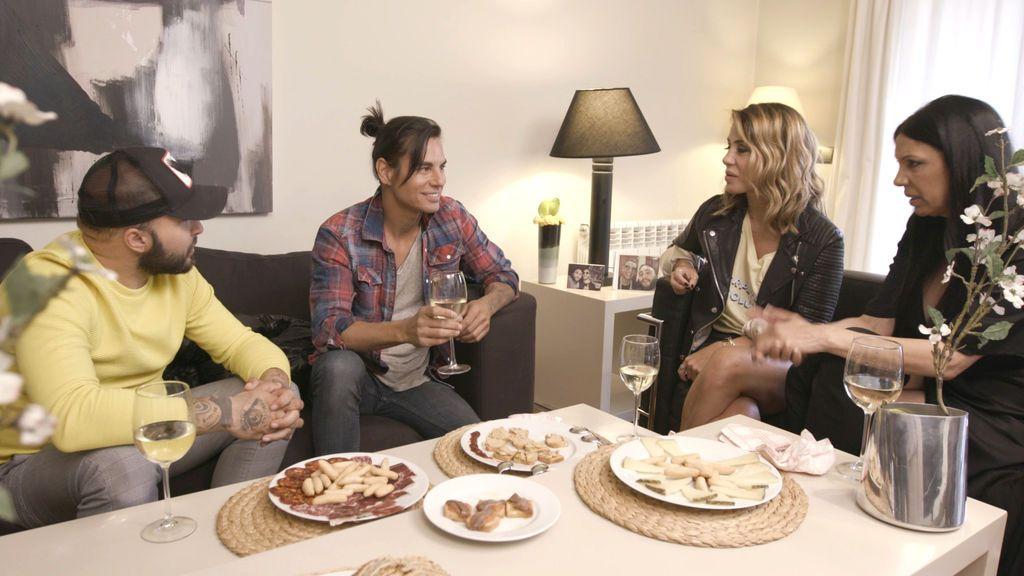 Kiko Rivera ejerce de anfitrión en el último programa de la tercera edición de 'Ven a cenar conmigo: gourmet edition'.