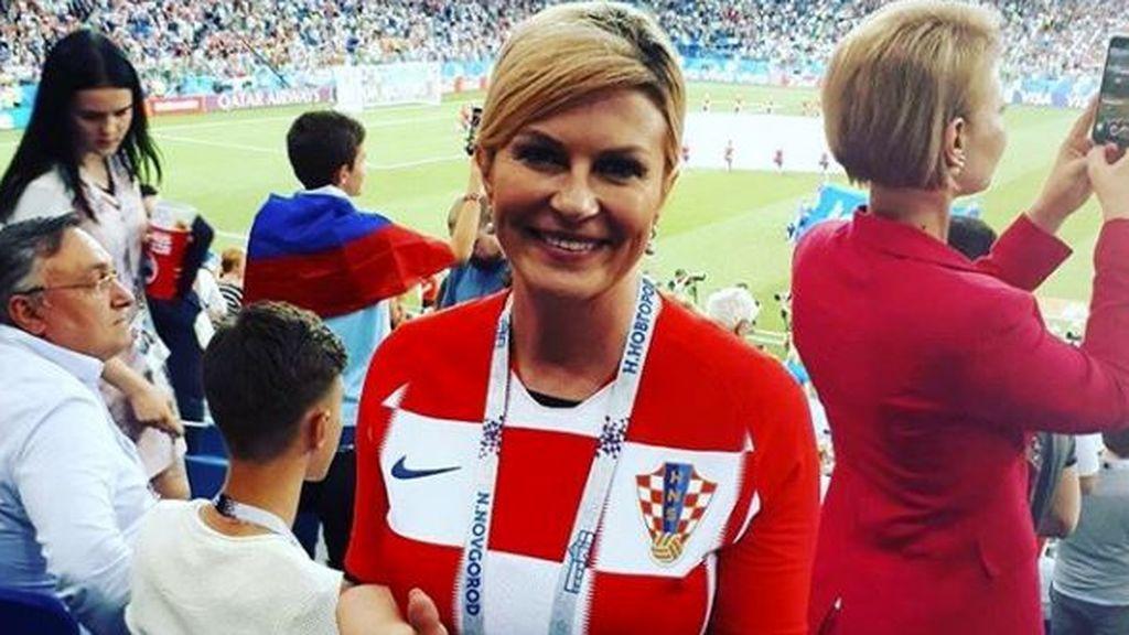 Pasión por Kolinda: la presidenta de Croacia que arrasa en el Mundial por su naturalidad
