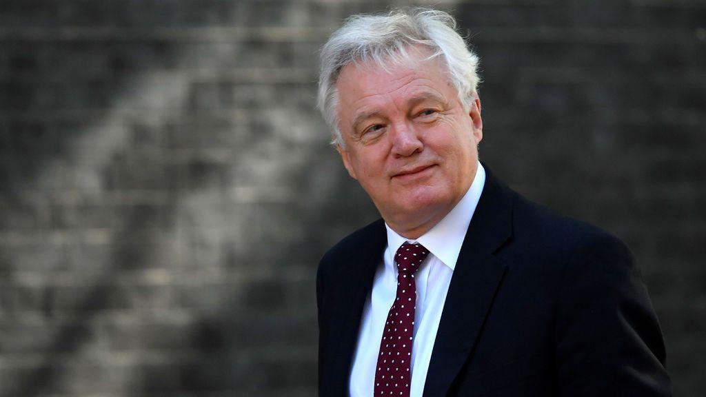 Dimite el ministro británico para el Brexit, David Davis