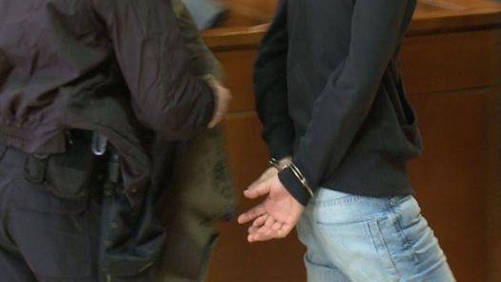 Condenado a cuatro años de cárcel por abusar sexualmente de su hija de 15 años