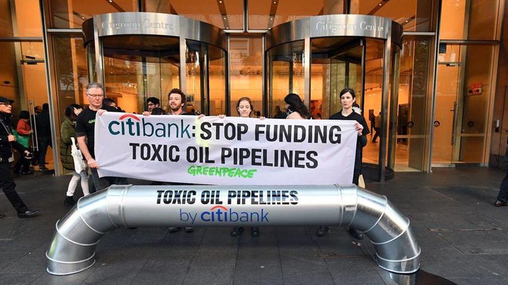 Greenpeace, contra los oleoductos