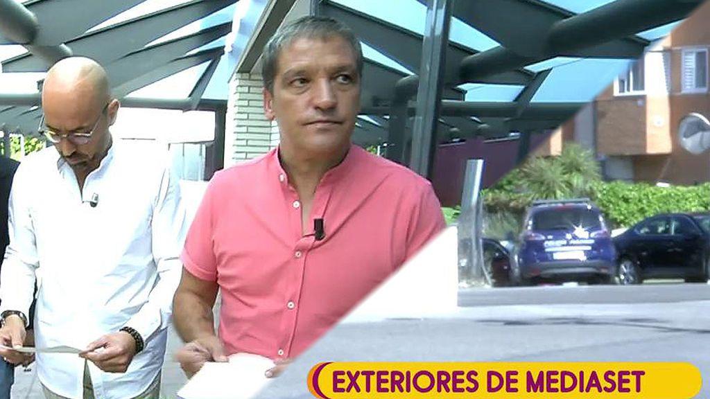 ¡La policía vuelve a interrumpir 'Sálvame' buscando a Gustavo González y Diego Arrabal!