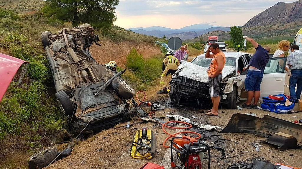 Dos muertos y tres heridos en un accidente de tráfico en la provincia de Zaragoza