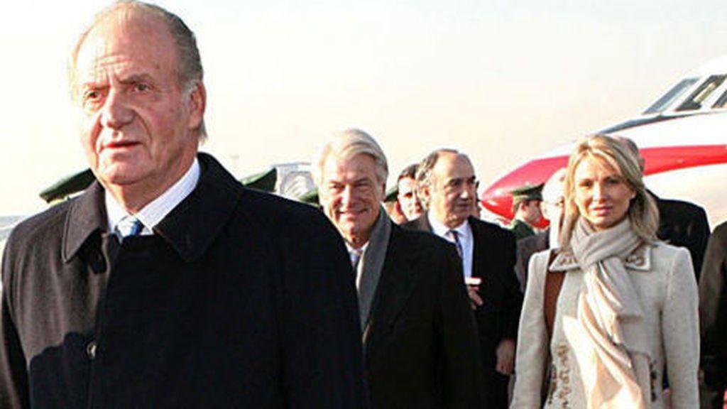 """Corinna asegura que el rey Juan Carlos """"cobró parte de la comisión del AVE a La Meca"""""""