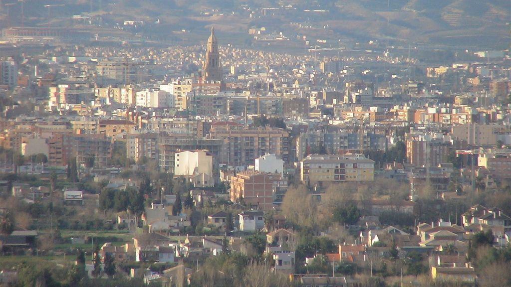 Activan el protocolo por contaminación atmosférica en Murcia por el polvo sahariano