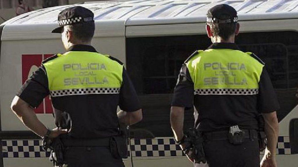 Detenido un hombre cuando agredía a su pareja cerca del Hospital Macarena de Sevilla