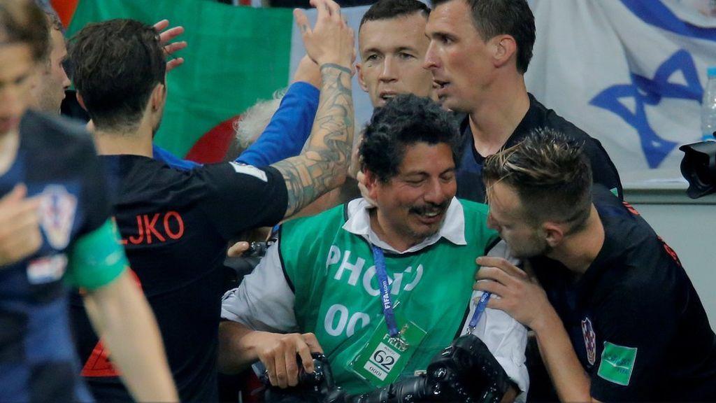 Los 15 minutos de gloria del fotógrafo Yuri Cortez en el Mundial de Rusia gracias a Croacia