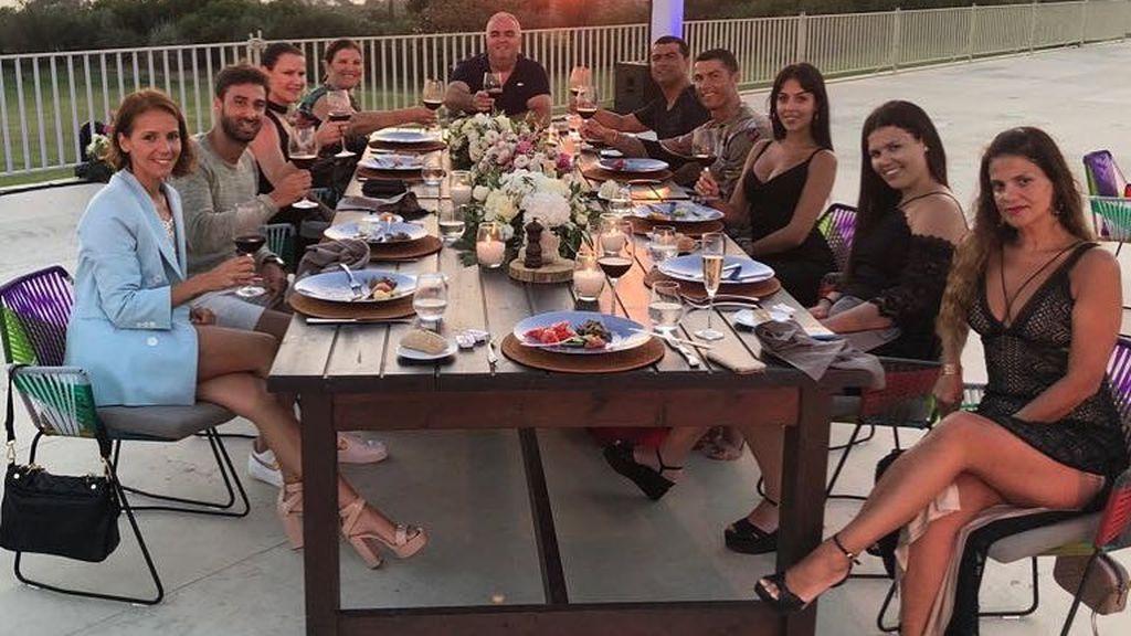 La cena de despedida de Cristiano Ronaldo con Georgina y los Aveiro, al detalle