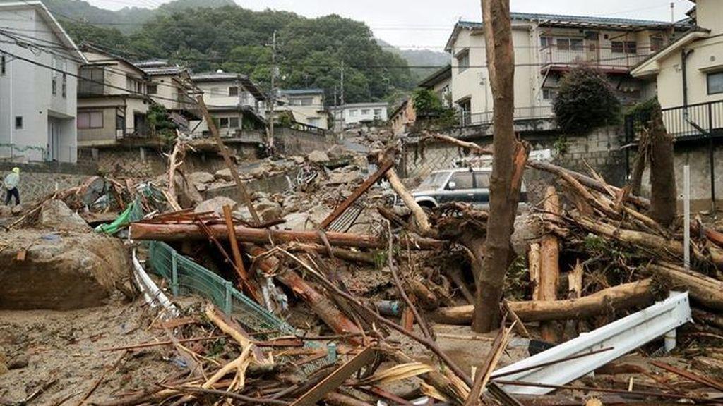 Asciende a 200 el número de muertos en Japón por las inundaciones