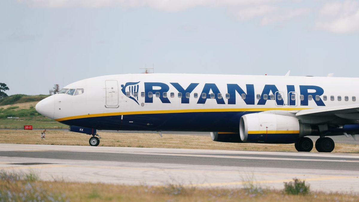 33 hospitalizados por un descenso súbito de emergencia en un vuelo de Ryanair