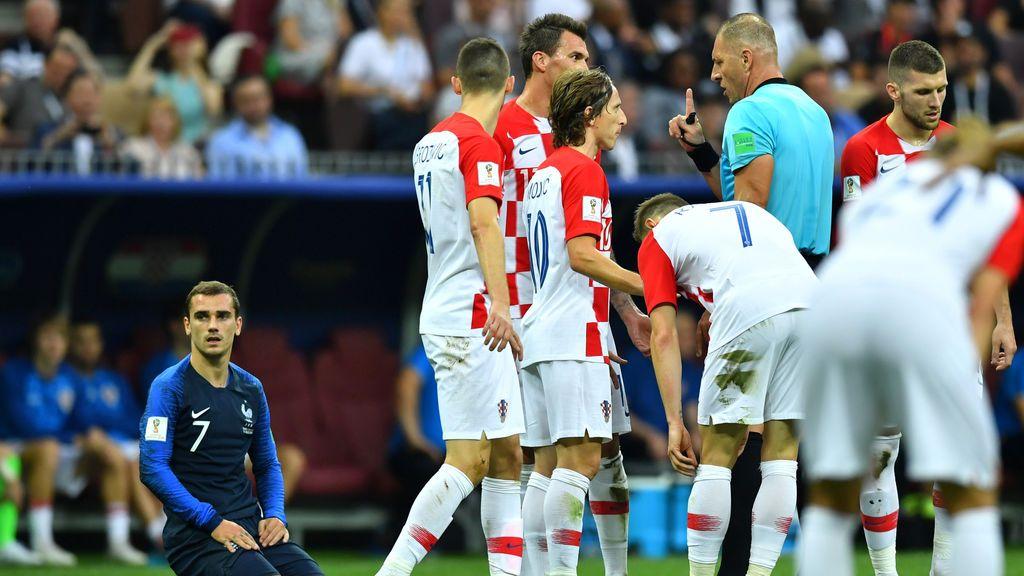El Mundial de VAR se come el gol más polémico justo en la final: falta inexistente sobre Griezmann