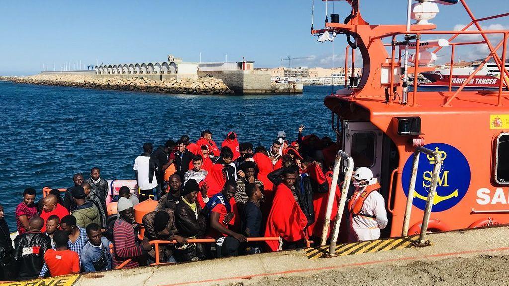 Rescatan casi 500 personas en el Estrecho y el mar de Alborán durante el fin de semana