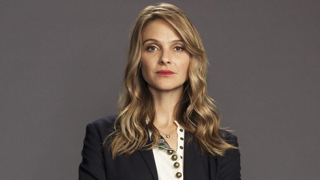 Beau Garrett es Jessica Preston.