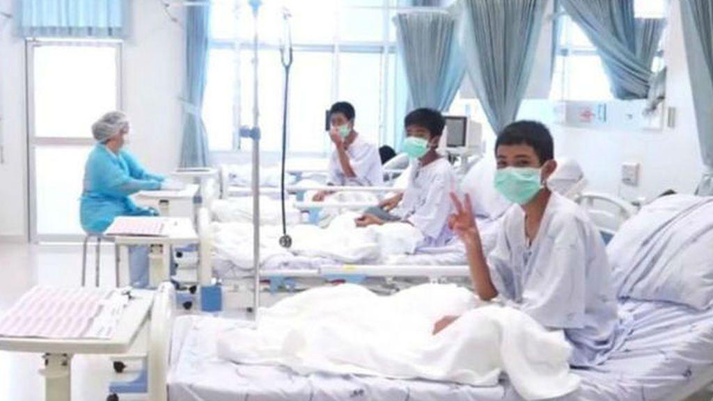 Los chicos ya palpitan su vuelta a casa — Tailandia