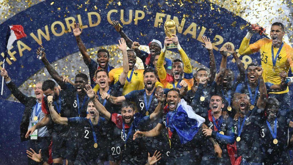 Los 26 partidos emitidos en Telecinco (45,6% y 5.811.000) mejoran 2,4 puntos los resultados obtenidos en el anterior Mundial de Fútbol de Brasil