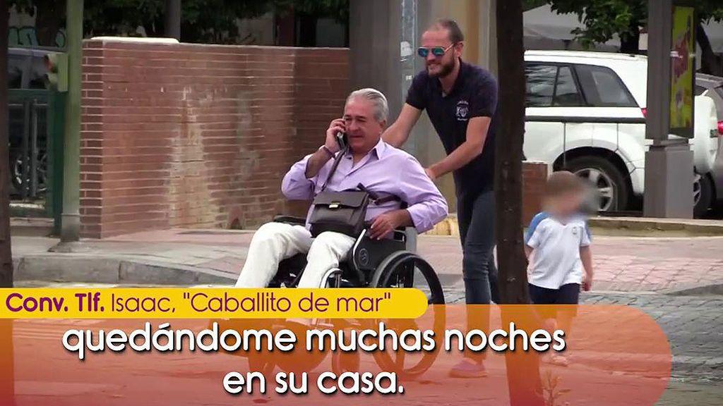 """'Caballito de mar' reclama 1.500 euros a Bernardo Pantoja: """"Llevo dos días durmiendo bajo el puente de Triana"""""""