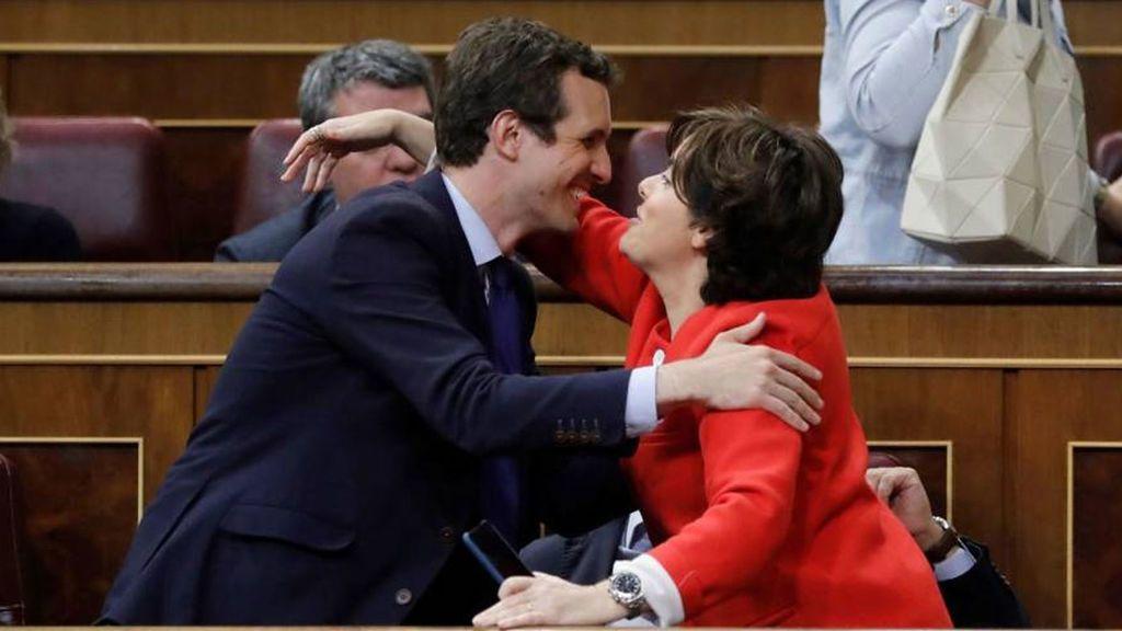 Santamaría y Casado se reúnen en la sede de  Génova a tres días del congreso que decidirá el sucesor de Rajoy