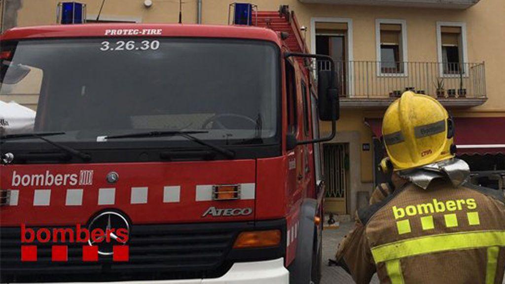 Un muerto al incendiarse una casa en Bisbal del Penedès, Tarragona