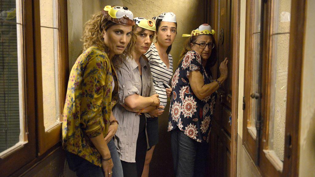 Toni Acosta (Mayte), Malena Alterio (Lourdes), Nuria Herrero (Virginia) y Mamen García (Amparo), las protagonistas de 'Señoras del (h)AMPA'.