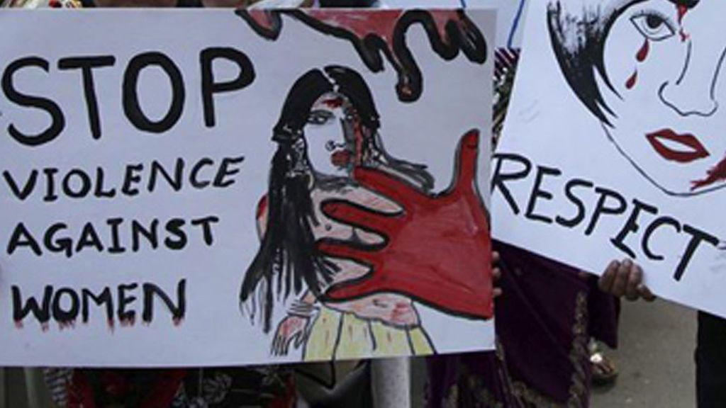 Detenidos 10 jóvenes por violar en grupo a una chica hasta que se desmayó