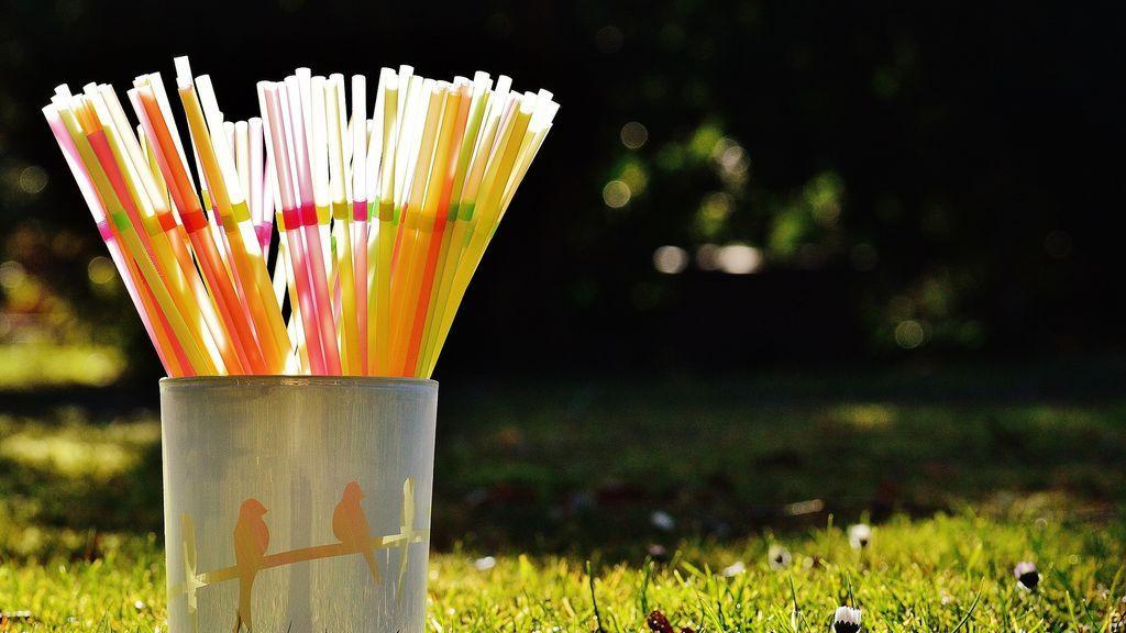straws-1111453_1920