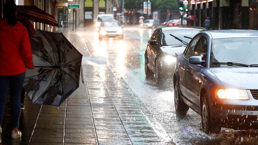 Alerta amarilla en 18 provincias por altas temperaturas y tormentas