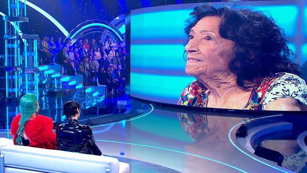 """Isabel Montero, 'La abuela de Chueca', enamora a Rosa López: """"A través del que quiero yo, te quiero también a ti"""""""
