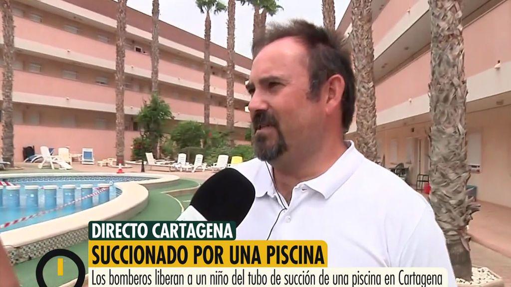 El padre del niño succionado en una piscina de Los Nietos se desmayó tras el rescate