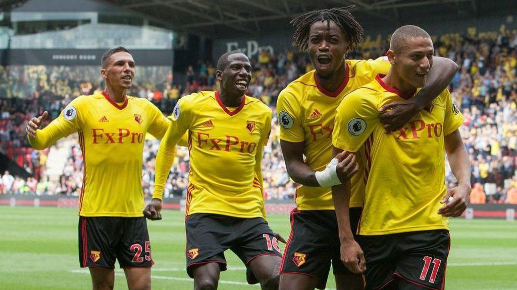 El Watford recompensa a los aficionados más leales fuera de casa regalándoles la segunda equipación