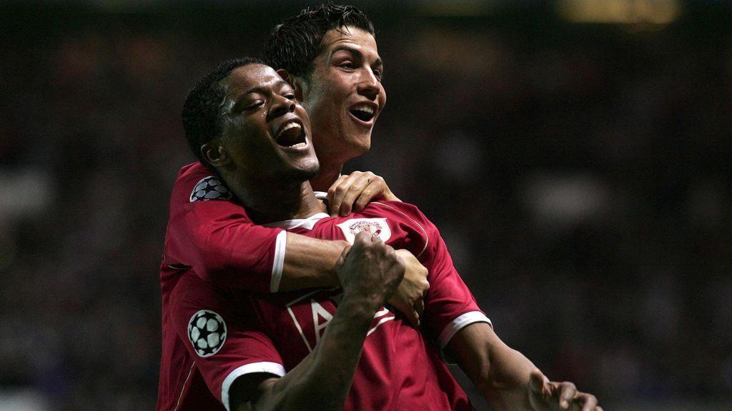 La 'particular' bienvenida de Evra cantando a Cristiano Ronaldo tras su fichaje por la Juventus