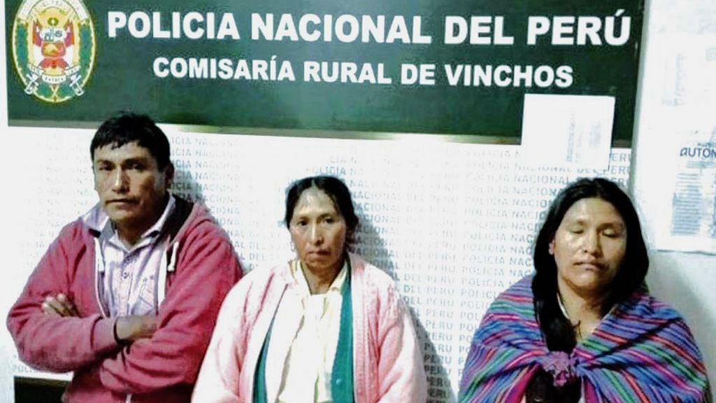 Detienen a tres hermanos en Perú por matar a su madre en un ritual satánico