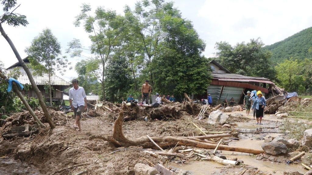 Las lluvias torrenciales en el norte de Vietnam provocan la muerte de 30 personas