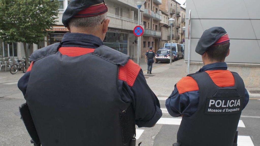 Detienen a tres chicos, dos menores, acusados de agresión sexual en Tarragona