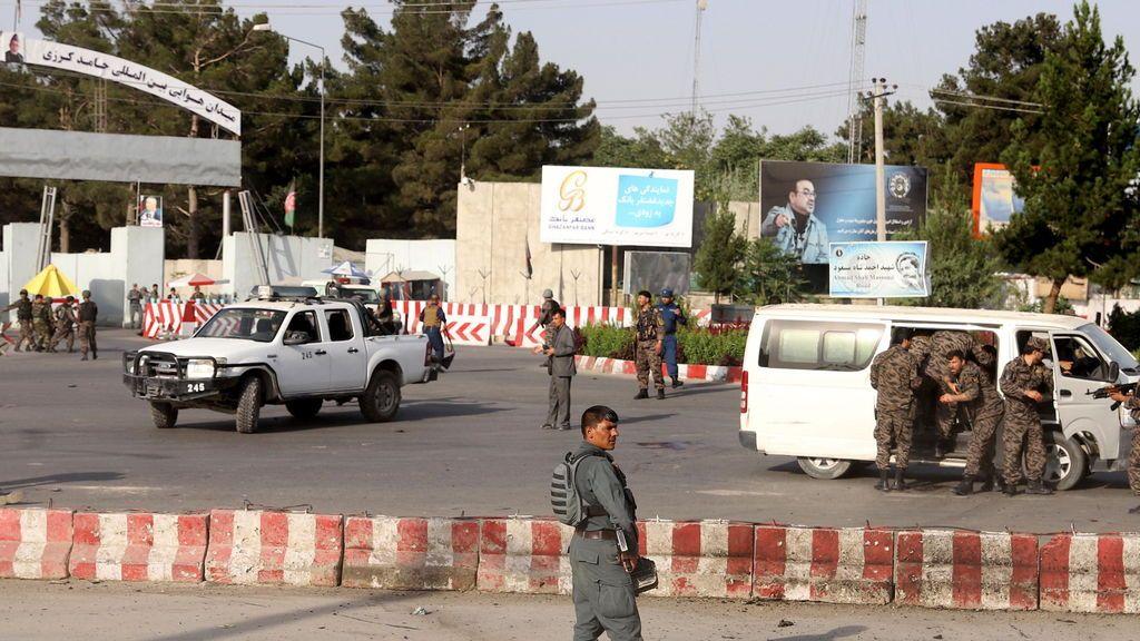 11 muertos y 14 heridos en un atentado de Kabul en la llegada del vicepresidente Dostum