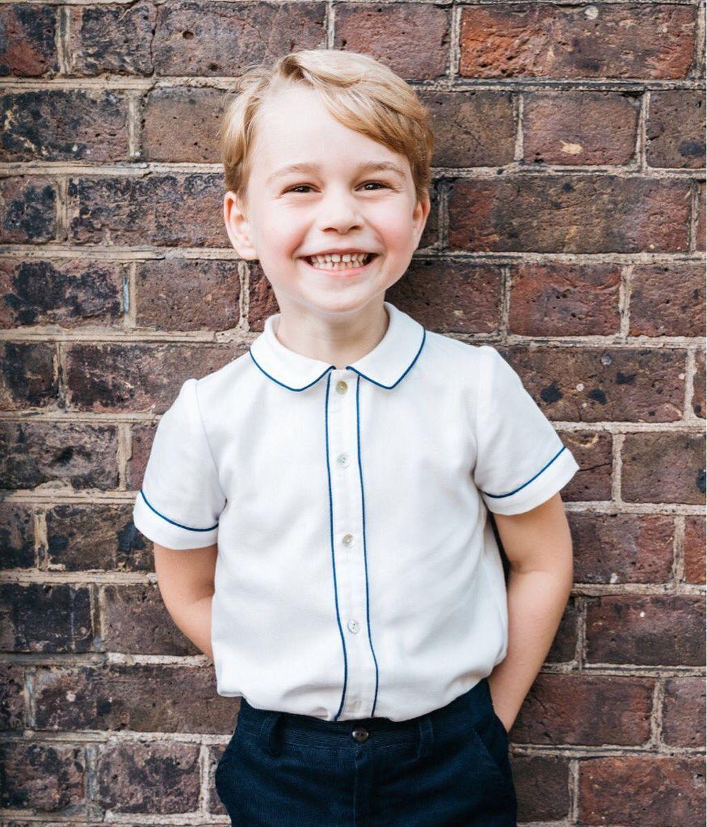 La tierna foto del príncipe George para celebrar sus 5 años