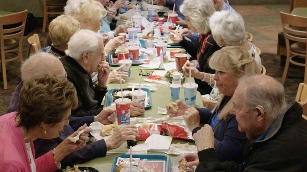 Los azúcares de los alimentos procesados aumentan la fragilidad en personas mayores