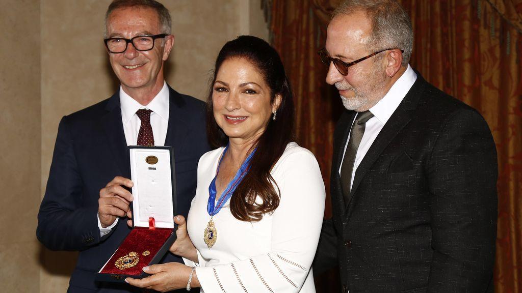 Gloria Estefan recibe la Medalla de Bellas Artes