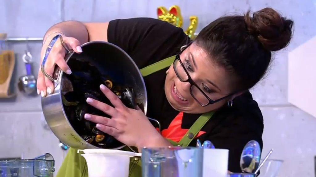 Sara, asturiana de 25 años y aficionada a la cocina de vanguardia, es una de las concursantes anónimas del segundo especial de 'Mi madre cocina mejor que la tuya', que Telecinco emite el 24 de julio (22.00).