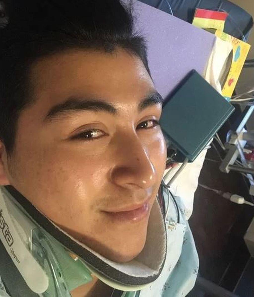 Con 18 años queda paralizado tras caer mal a la piscina y romperse el cuello y la columna