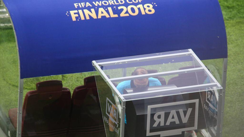 Insólito VAR en la Copa de Perú: El árbitro convalida un gol con la ayuda de la cámara de un fotógrafo