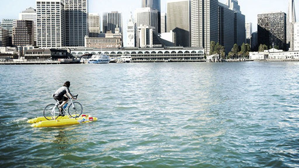 Judah-Schiller-Water-Bike-Across-San-Francisco-1