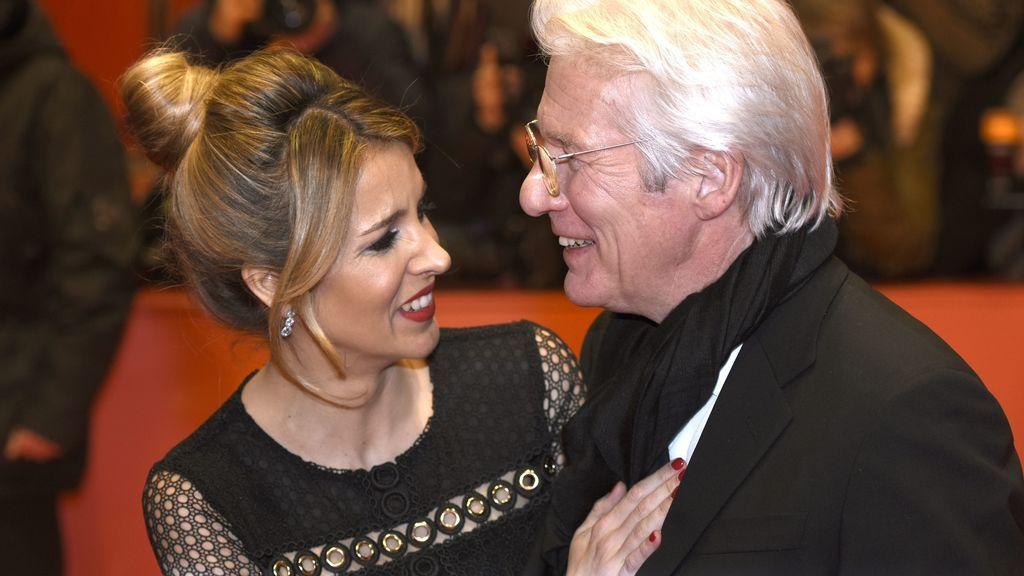 Richard Gere será padre a los 68 junto a Alejandra Silva: así ha sido su historia de amor