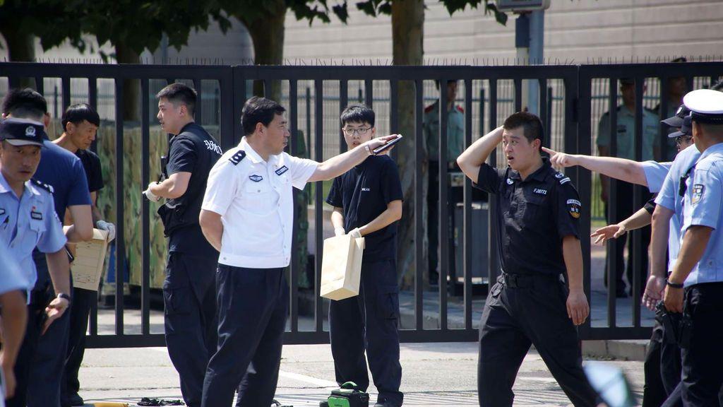 Explota una bomba delante de la embajada de EEUU en Pekín