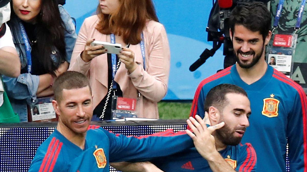 """El vacile de Ramos y Achraf a Carvajal tras su última foto: """"Deja de apretar y respira un poco"""" 😂💪"""