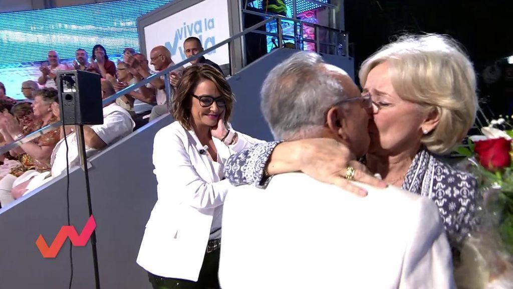 ¡Viva el amor! Toñi Moreno se emociona con el detalle de Rafael Basurto con su mujer