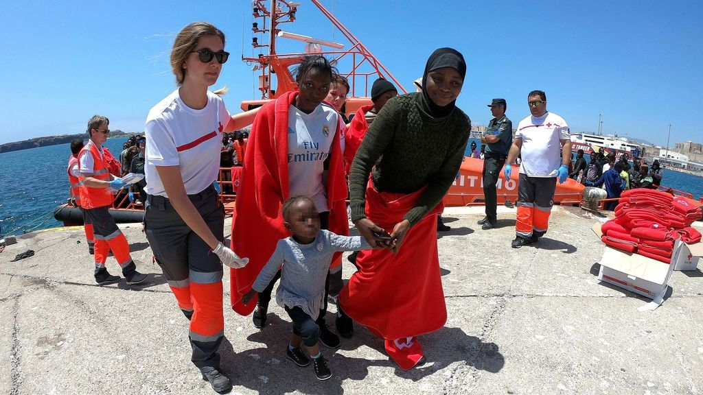 Rescatados más de 1.450 migrantes en costas españolas durante el fin de semana
