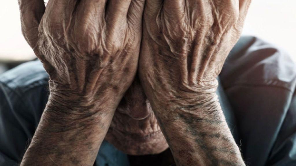 Detienen a una mujer en San Pedro del Pinatar por intentar matar a la anciana que cuidaba