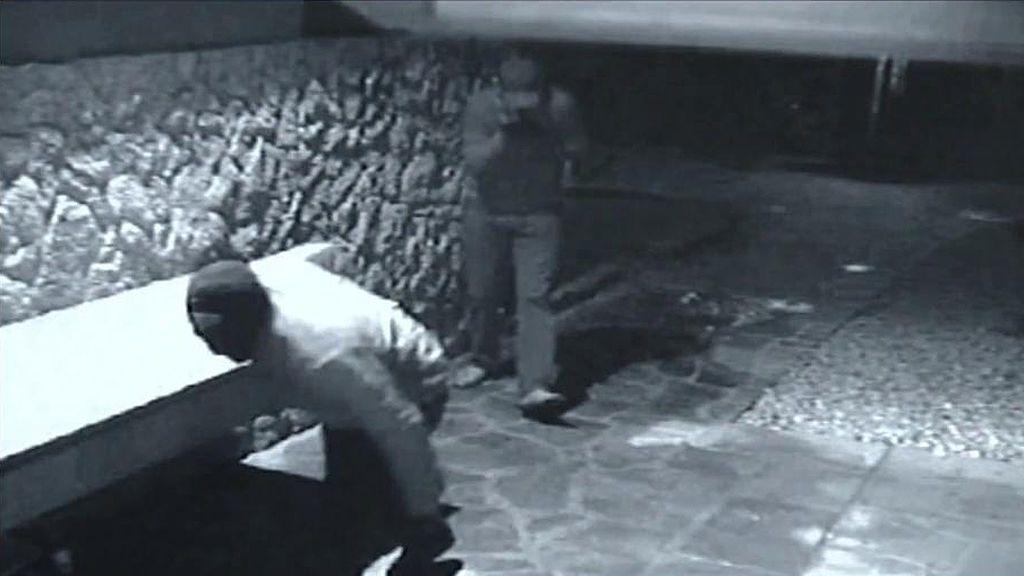 Recreamos el 'modus operandi' utilizado para supuestamente robar las cintas comprometidas de la casa de Bárbara Rey